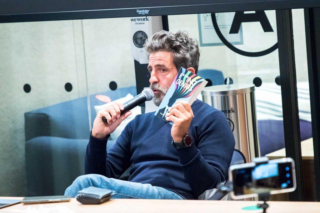 Massimo Temporelli è diventato famoso grazie al suo podcast sui fottuti geni.