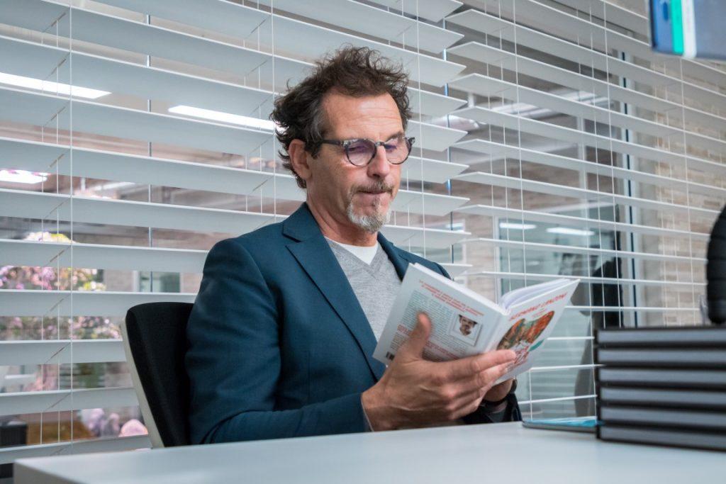 """Il nuovo libro di Germano Lanzoni si intitola """"La terra dei pirla"""""""